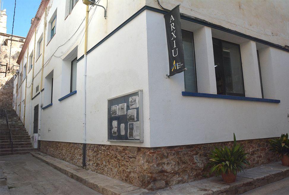 Façana de l'Arxiu Municipal de Blanes